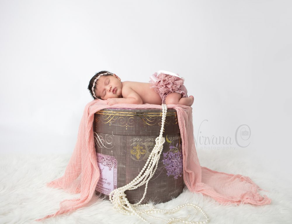 LITTLE BABY -5DAYS NEW- NEWBORN PHOTOGRAPHERS RICHMOND HILL